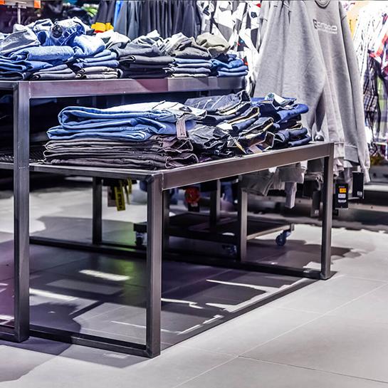 wyposażenie sklepu w meble sklepowe