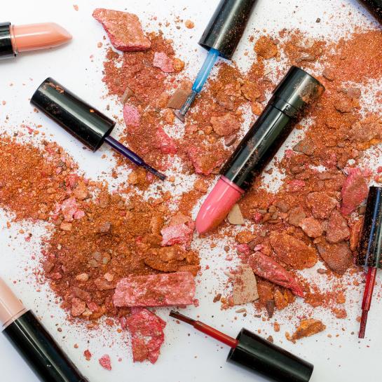 AVisual Merchandising w branży beauty – jak zwiększyć sprzedaż kosmetyków w sklepie stacjonarnym?